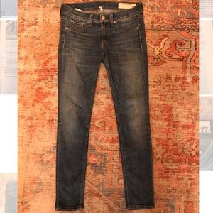 Low/mid rise skinny jeans